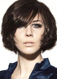 стрижка каре на вьющиеся волосы7