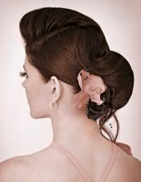Стильный аксессуар для прически пучок на волосы средней длины